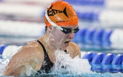 Why Masters swimmers should wear modern textile bodysuits