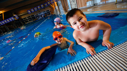 Swimming and asthma, the facts