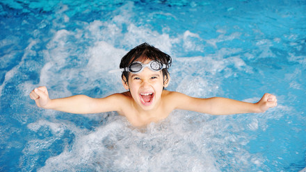 Find swimming lessons with Poolfinder