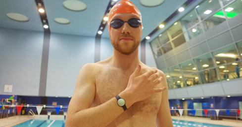 Andrew Czyzewski tests the Speedo Misfit Shine Swimmer's Edition