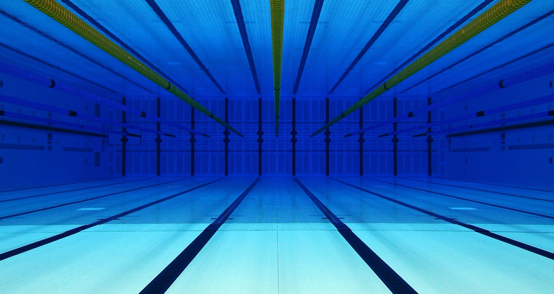 introducing competitive swimming pools - Olympic Swimming Pool Underwater