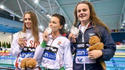 Hibbott wins 400m Free silver at European Juniors