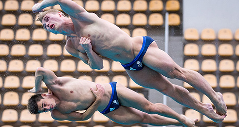 Laugher and Mears win 3m Synchro gold