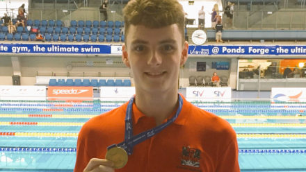 Elliot Clogg wins fourth junior gold on final day in Sheffield