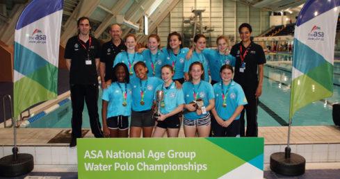London Otter win u15 gold at NAG Water Polo 2016