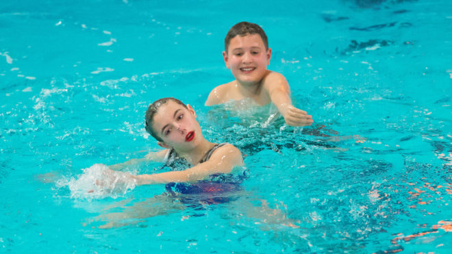 Can boys take part in synchronised swimming?