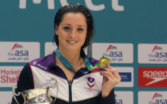 Molly Renshaw takes British record on day two in Sheffield