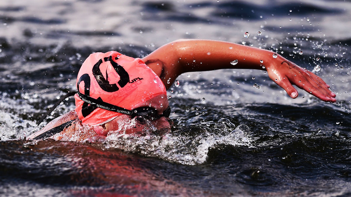 Harriet Rothwell swimming open water in 2014