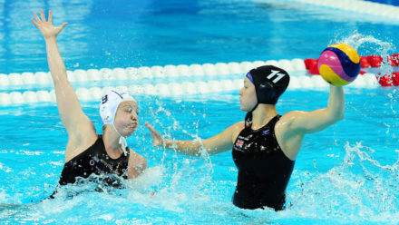 The benefits of left handed water polo players