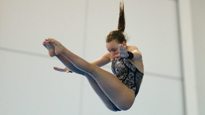 Lois Toulson reclaims 10m title to complete golden hat-trick