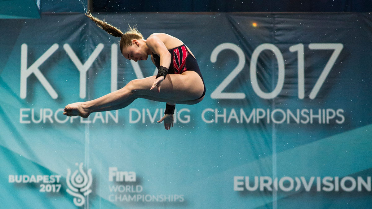 Lois Toulson diving at the 2017 European Championships in Kiev