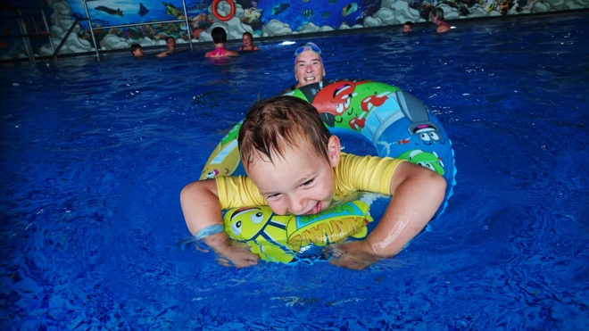 Should we really let toddlers get wet?