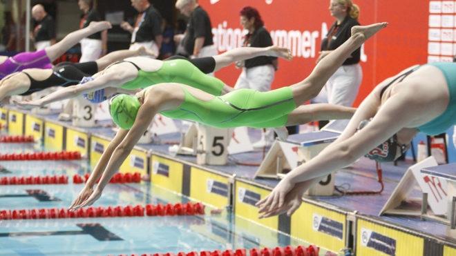 Chloe Baxter in top form in women's 200m Free