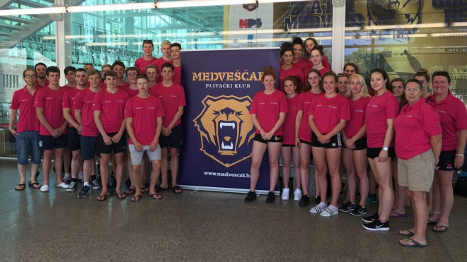 South West swimmers star at Golden Bear Meet