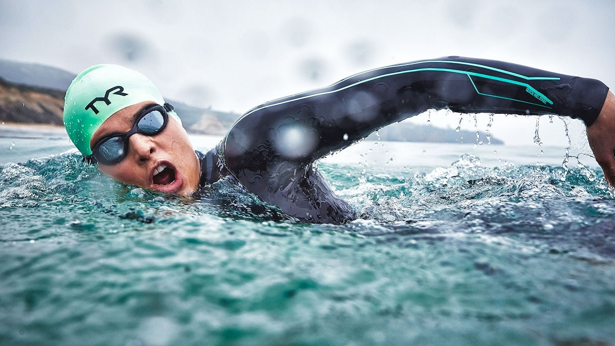 The ultimate guide to putting on and taking off a wetsuit