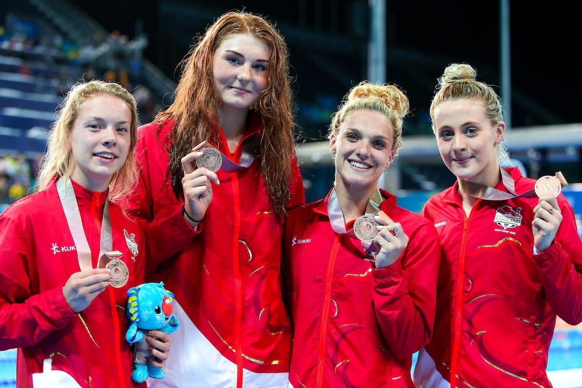 4x100m Freestyle relay bronze medallists