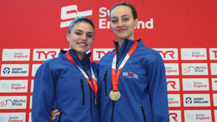 Lloyd and Hampson win national Duet Tech title