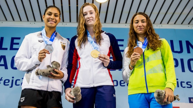 Belonogoff strikes gold on first day of European Junior Swimming Championships