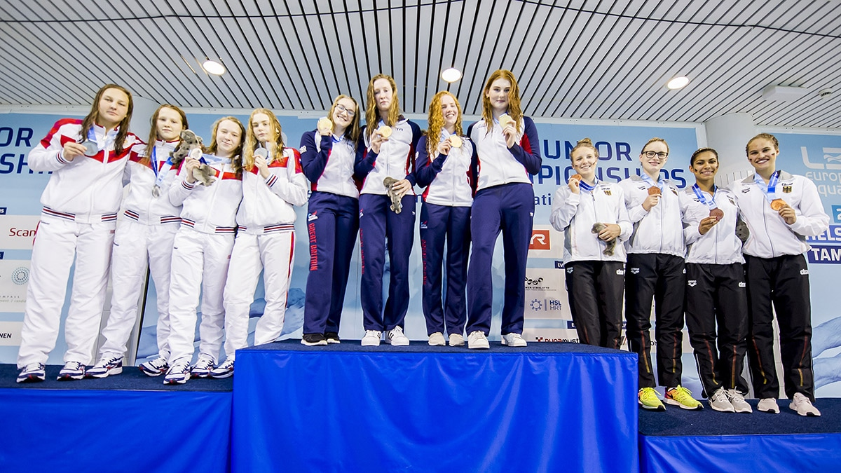 The Women's 4x100m Medley team won gold at the European Junior Swimming Championships 2018