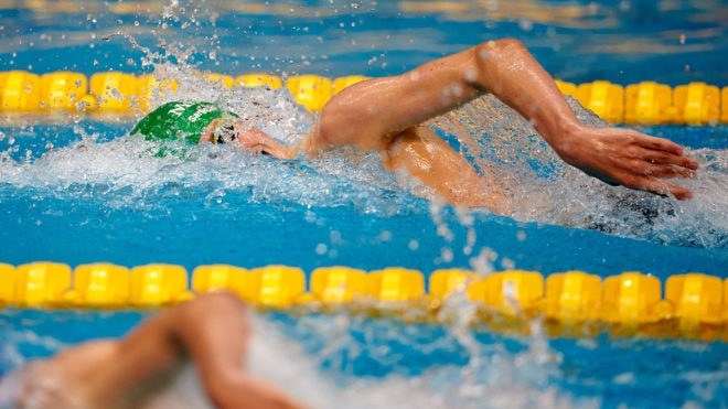 Alexander wins ding-dong battle to take 400m Freestyle title