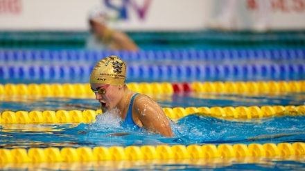 Amy leads from front to take gold in dominating performance