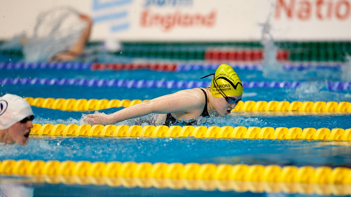Coral Farrell on her way to gold in the Women's MC 200m Individual Medley at the Swim England National Summer Meet