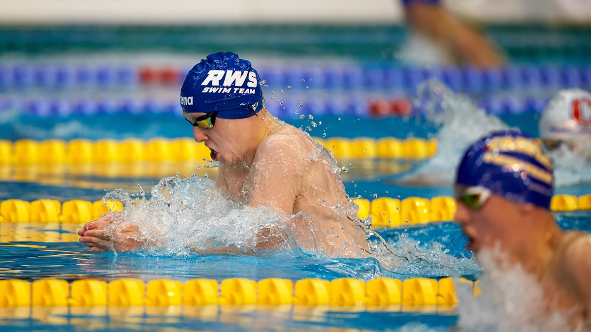 Daniel Parsons won gold in the 15 Years 200m Breaststroke at the Swim England National Summer Meet