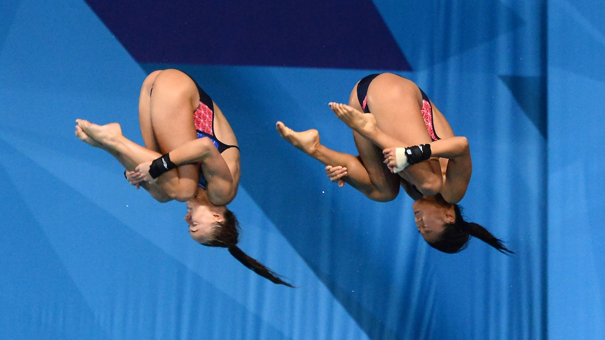 Eden Cheng and Lois Toulson in action at European Diving Championships 2018