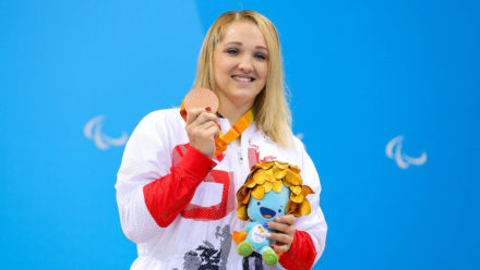 Charlotte Henshaw lands Paralympic breaststroke bronze in Rio
