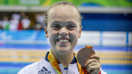 Ellie Simmonds secures Paralympic bronze in 400m Free