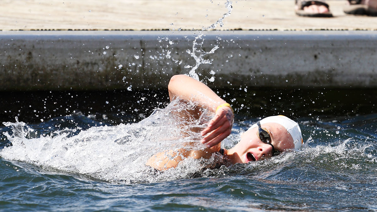 Phoebe Griffiths wins open water gold in 2015