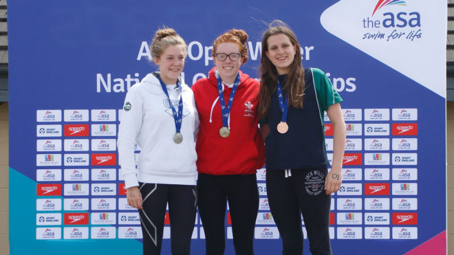 Sophie Evans lays demons to rest with 3km gold