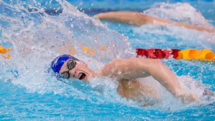 Hamer wins gold on closing night in Sheffield