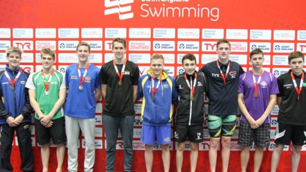 Whiteman sails into the distance in 1500m Free