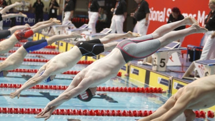 Mackay-Champion takes 18yrs 100m breaststroke title