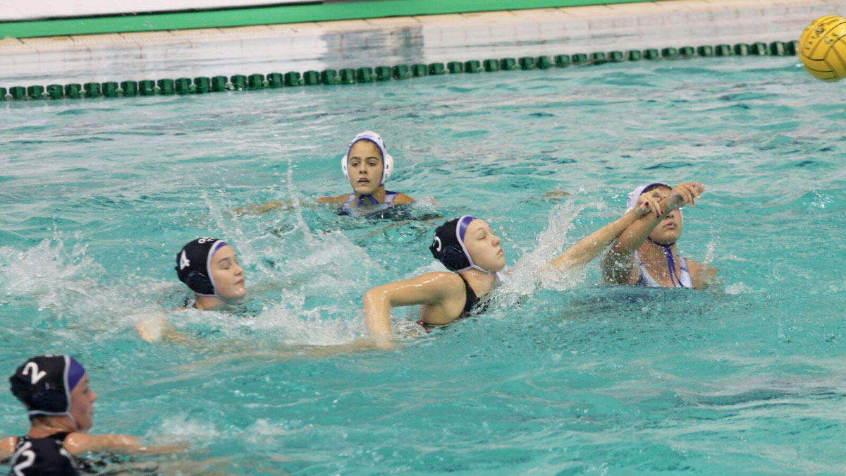 Match action from Greece v Great Britain at the 2017 European Junior Water Polo Championships.