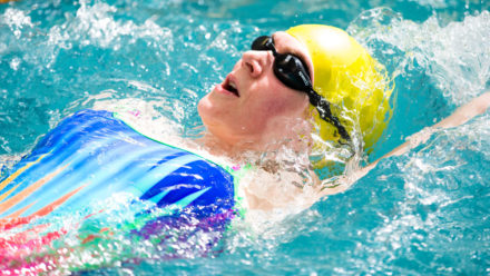 Improve your swimming fitness with our 20-session programme