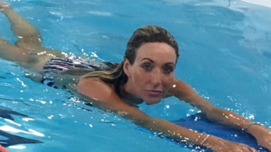 Becky's blog on glamour in the pool