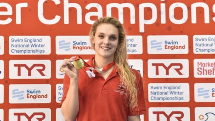 Ellie Faulkner wins 200m Free with PB at Winter Champs