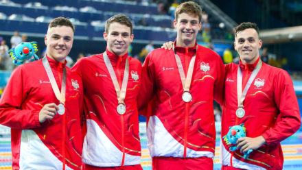 English men win relay silver to close second day on Gold Coast