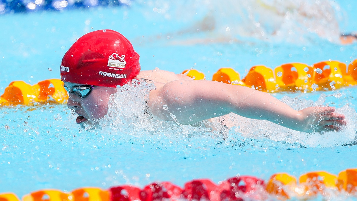 Eleanor Robinson sets world record on day two of British Summer Championships