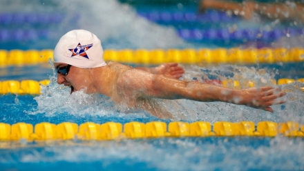 Dale edges fantastic battle to claim 400m Individual Medley gold