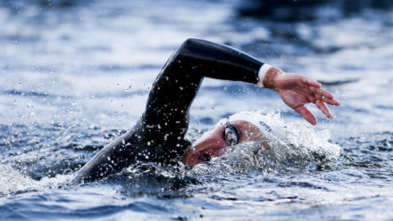 Tips on straight line swimming and sighting in open water