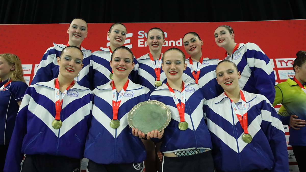 Reading Royals won the 15-18 years free team title at the Swim England Synchronised Swimming National Age Group Championships