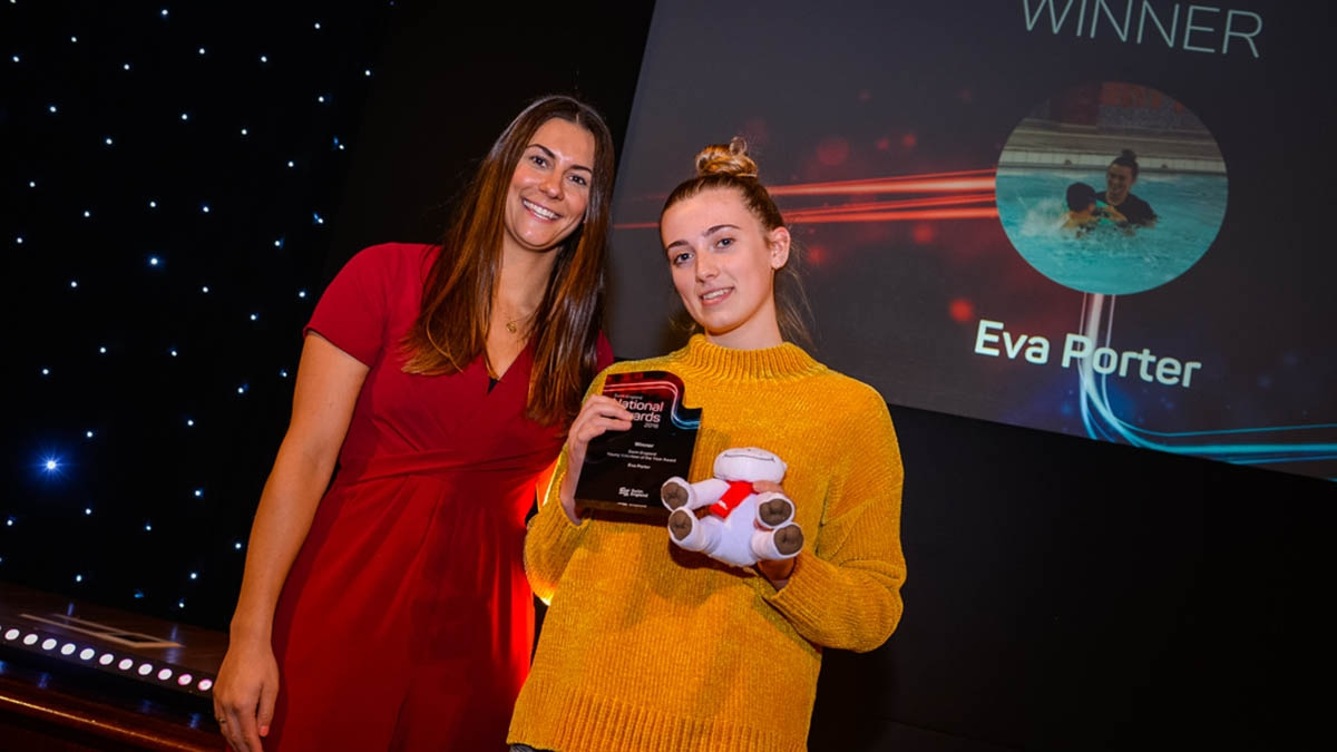 Swim England Young Volunteer of the Year Eva Porter with Aimee Willmott