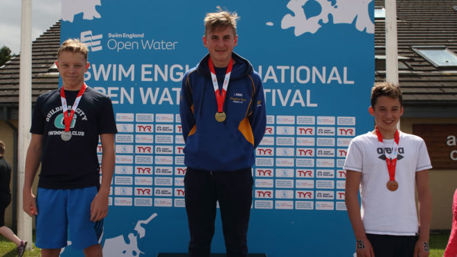 Lewis Binning takes gold in boys' 14yrs 1.5k