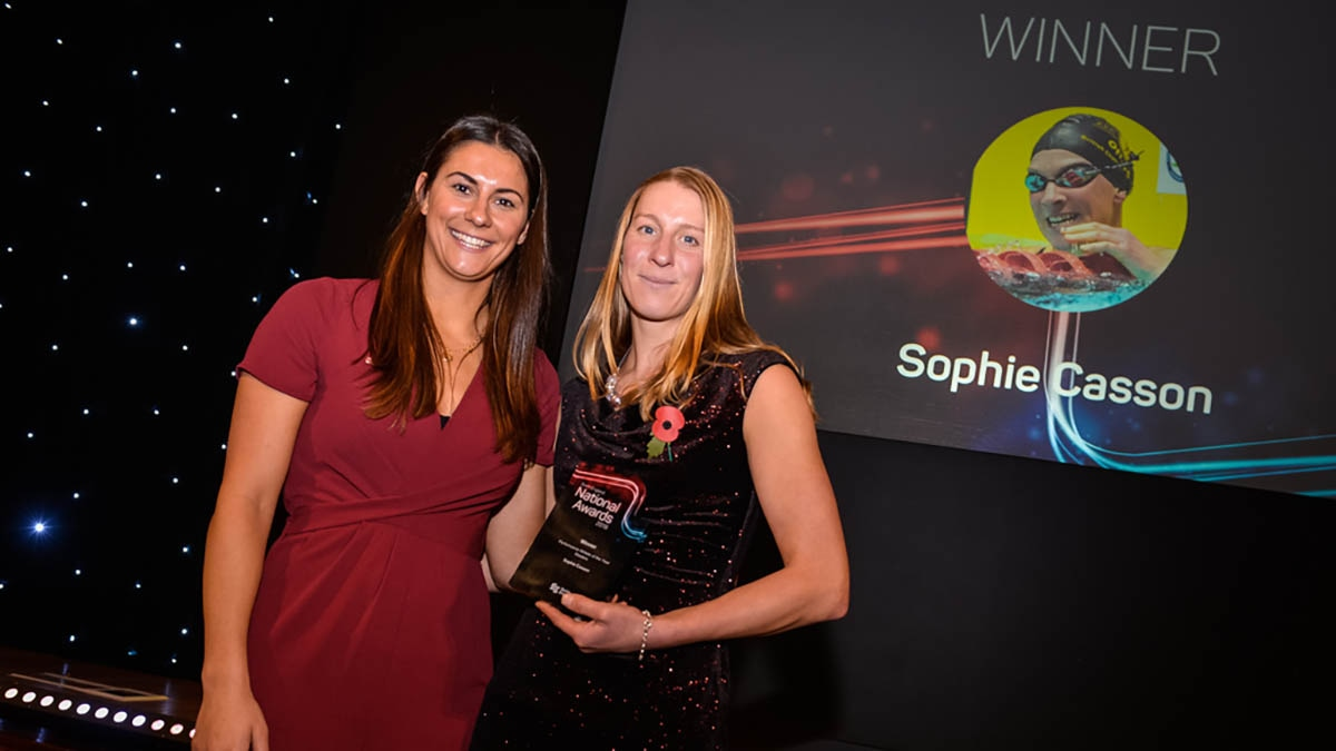 Sophie Casson receives her award from Aimee Willmott