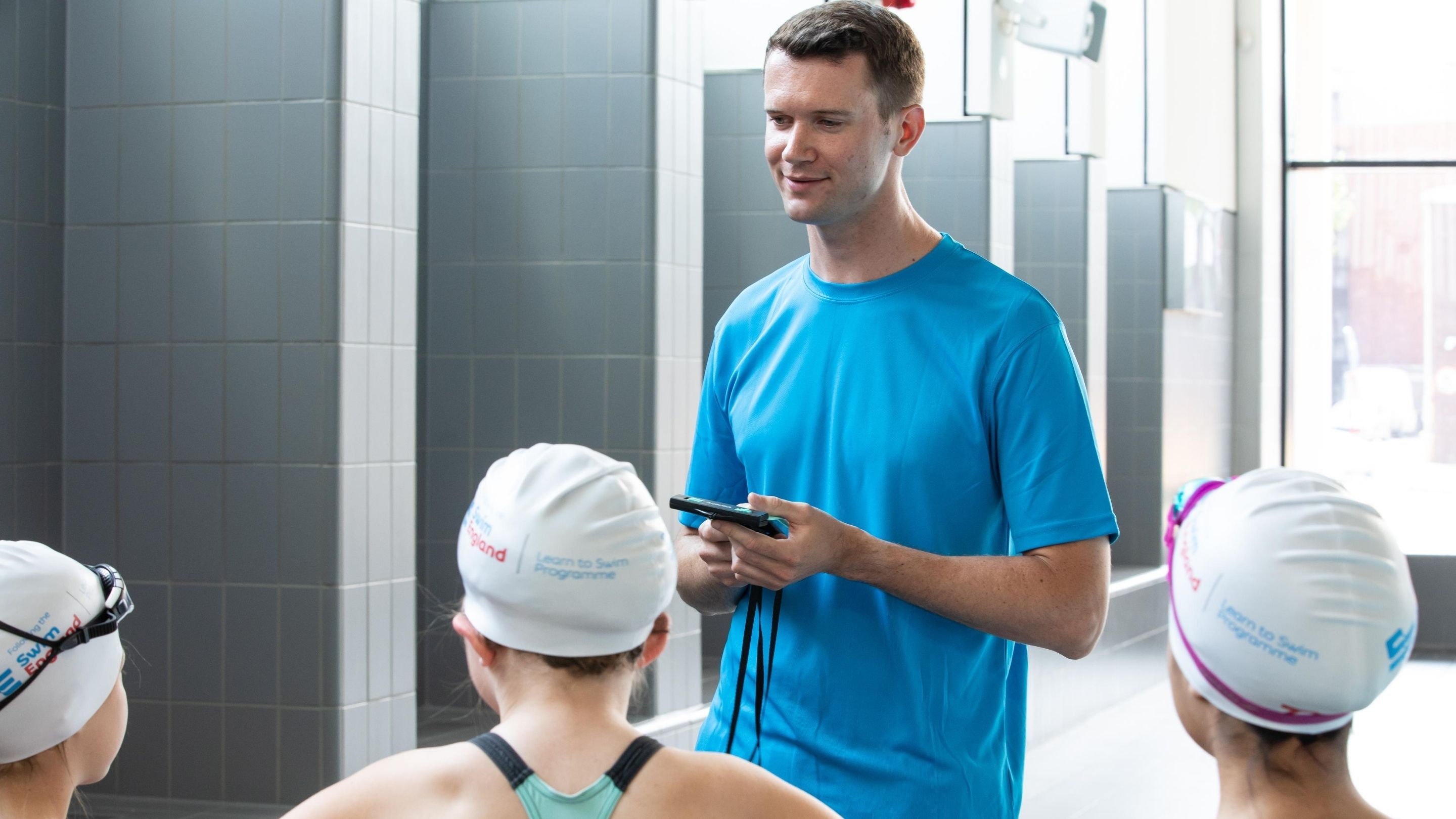 Mobile Devices in Swimming Lessons