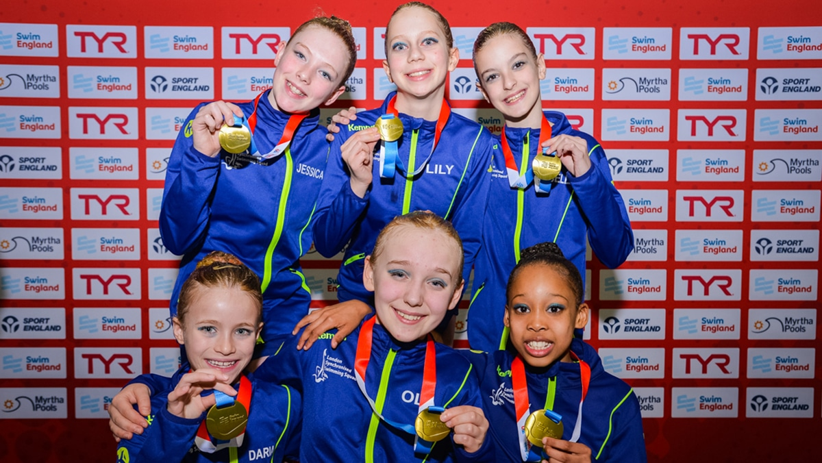 London Regional won the 12 years and under free team title at the National Age Group Championships 2019