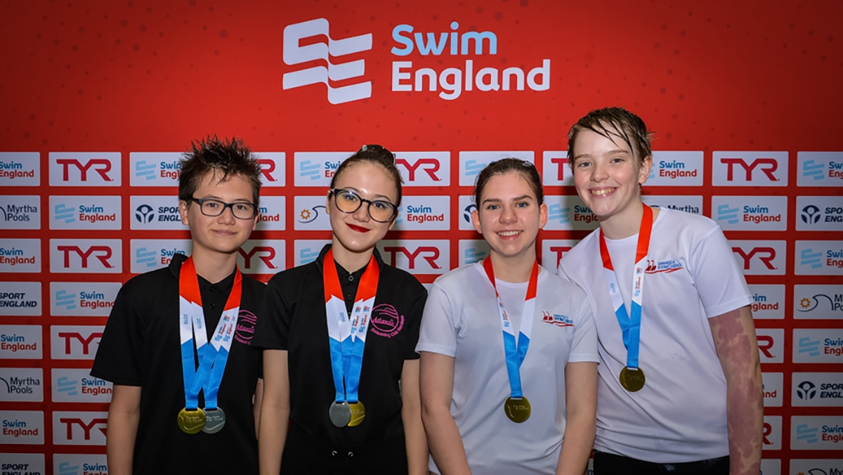 The medallists in the 13-15 years mixed duet competition at the National Age Group Championships 2019